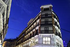 Finding images in Madrid | 190401-1050839-jikatu