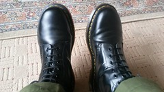 20180323_153520 (rugby#9) Tags: drmartens boots icon size 7 eyelets docmartens air wair airwair bouncing soles original hole lace doc martens dms cushion sole yellow stitching yellowstitching comfort cushioned wear feet dm 10hole black 1490 10 combats greencombats armycombats combattrousers greencombattrousers armycombattrousers docs doctormarten shoe footwear boot indoor dr