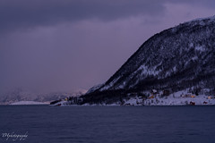 20190101-_DSC0805 (_THphotography_) Tags: clouds cold landscape landschaft natur nature ocean outdoor polarnight schnee snow sommaroy sunrise tromso tromsø waterfall winterarctic arcticsea