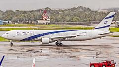 "El  Al Boeing B767-300(ER) 4X-EAJ ""Bat Yam"" Mumbai (VABB/BOM) (Aiel) Tags: elal boeing b767 b767300er 4xeaj mumbai canon60d tamron18400vc"