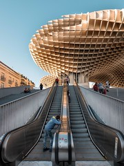 Playing around (Fede Duran) Tags: street seville kids architecture streetphotography fujifilm 23mmf4 stairs bluesky spring building arquitectura