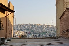 over the roofs of Amman, Jordan (Ivo L.) Tags: afternoon light sun amman jordan vacation holidays streets street photography altstadt old town sky view panorama panoramic