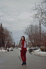 Letícia (TheJennire) Tags: photography fotografia foto photo canon camera camara colours colores cores light luz young tumblr indie teen adolescentcontent people portrait redaesthetic 2019 fashion stripes ootd outfit toronto canada winter cold snow smile movement girl 50mm