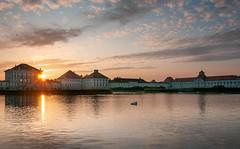 Schloss Nymphenburg (Andreas Lachmuth) Tags: schloss münchen munich nymphenburg wittelsbacher schwan sonnenuntergang bayern romance romantik swan sunset