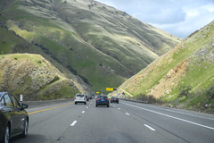 Steep Downgrade on Northbound 5 (dcnelson1898) Tags: california southerncalifornia lakeelsinore losangeles interstate5 i5 travel traffic vehicles unitedstates usa america freeway highway