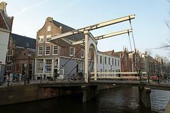 Amsterdam2014_046 (schulzharri) Tags: holland niederlande netherlands europa europe travel reise water gracht amsterdam wasser city stadt