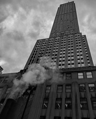 The Empire State (llondru) Tags: canon eos 100d oneplus 6