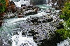 La forma delle rocce (danilocolombo69) Tags: bagnone borgo torrente rocce medioevo danilocolombo69 danilocolombo nikonclubit acqua