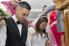 Iglesia (Anthony Einseinhein) Tags: kiss love beso amor casamiento belen y biean brian braian boda civi civil book sesion llantos arooz arroz alegrias pasion