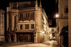 Museo Aqueológico de Asturias (ccc.39) Tags: asturias oviedo museo arqueológico calle noche nocturna edificio arquitectura ciudad city street urban architecture oldtown night