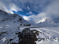 White House - Glen Coe (Craig Hannah) Tags: glencoe rannochmoor scotland highlands thewhitehouse cottage mountain snow winter january 2019 clouds sky river craighannah photography britain uk landscape