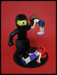 New Sentinel (Karf Oohlu) Tags: lego moc scfi minidoll bloodshed facepalm robot sentinel vignette