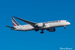 [CDG] Air-France Dreamliner Boeing 787-9 _ F-HRBE (thibou1) Tags: thierrybourgain cdg lfpg spotting aircraft airplane nikon d810 tamron sigma airfrance dreamliner boeing boeing787 b787 b7879 b789 fhrbe landing