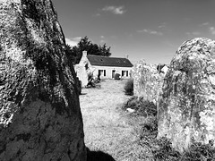 (Sibeal's world) Tags: brittany bretagne bretagne2018 celtic csss house building cottage rocks menhir alignement erdeven heritage culture nature tradition rituals