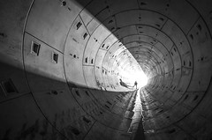 _DSC0821 (Foto-Runner) Tags: urbex underground infiltration tunnel tuyau pipe ombre lumière light dark
