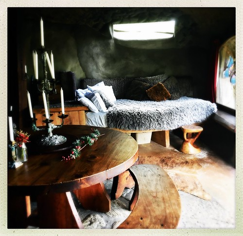 Hobbit accommodation- Underhill Whatawhata New Zealand