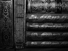 Alte Bücher / old books (ingrid eulenfan) Tags: macromondays macro makro bücher old alt buch books hobby