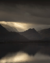 Light ! (zico1965) Tags: keswick england unitedkingdom gb clouds light water calm reflection sky mountains golden morning