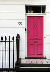 20180106_3k Pink door, white wall, & black fence | London, England (ratexla) Tags: ratexlaslondontripdecember2017 london 6jan2018 2018 canonpowershotsx50hs england uk theuk greatbritain britain unitedkingdom theunitedkingdom europe earth tellus photophotospicturepicturesimageimagesfotofotonbildbilder europaeuropean travel travelling traveling wanderlust journey vacation holiday semester resaresor city urban storstadssemester town ontheroad house houses building buildings hus byggnad door doors dörr dörrar 99 pink rosa ratexla almostanything unlimitedphotos favorite 1000views