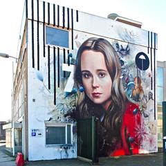 Den Haag Mural (Akbar Sim) Tags: denhaag thehague agga holland nederland netherlands mural muurschildering ellenpage collinvandersluijs supera thsa thehaguestreetart akbarsim akbarsimonse streetart urbanart netflix umbrellaacademy