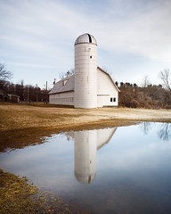 Turner Farm Park (Vladimir Grablev) Tags: lanscape greatfalls turnerfarmpark reflection vertical center rural compositioncalm light morning barn virginia silo scenic farm park fairfax tower water unitedstatesofamerica us