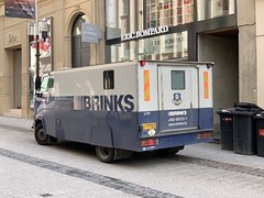 Brinks Security Truck - Luxembourg City, Luxembourg. (firehouse.ie) Tags: fourgons fourgon vans cashintransit armoredtruck armouredtruck vehicule van camion truck armored armoured vehicle mercedes luxembourg security brinks