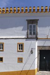 Les fenêtres à Evora - Portugal (Remy Carteret) Tags: canon 5d mkii mk2 markii france eos remycarteret rémycarteret canon5dmarkii canon5dmark2 canoneos5dmarkii canoneos5dmark2 5dmark2 5dmarkii mark2 canon5d portugal couleur colors evora évora