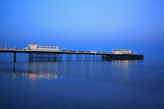 2018_05_06_0246 (EJ Bergin) Tags: sussex westsussex landscape worthing sunset beach sea seaside worthingpier seafront bluehour