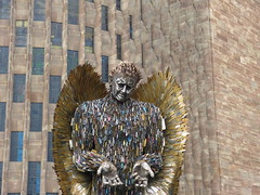 The Knife Angel. P1530934 (Joy Shakespeare) Tags: theknifeangel alfiebradley sculpture knifeangelcampaign coventrycathedral coventry uk britishironworkcentre