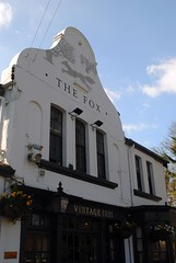 The Fox (zawtowers) Tags: london loop section 5 five hamseygreentocoulsdonsouth walk amble stroll walking exploring outer suburbs green spaces sunday 24th march 2019 warm dry sunny afternoon blue skies sunshine thefox fox coulsdon common pub boozer historic public house beer cask ale drink packed busy rammed