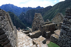 Sacred Valley, Peru | Machu Picchu 09 (Christopher James Botham) Tags: architecture buiding inca incan inka inkan ancient ruin ruins old history historic machupicchu machu picchu southamerica southamerican south america american latin latinamerica latinamerican sacredvalley sacred valley peru peruvian stone landscape nature