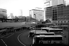 Umeda, Osaka (jtabn99) Tags: umeda osaka station japan nippon nihon 20190119 bus stop footbridge hankyu