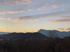 (Paolo Cozzarizza) Tags: italia friuliveneziagiulia pordenone castelnovodelfriuli cielo tramonto panorama alberi
