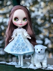 The northern king's youngest daughter with her beloved polar bear King Valemon. Bianca Pearl wears Gerda Eternity stock. (Painters Life) Tags: gerdaeternity takara anniversaryblythe biancapearl kingvalemon snow polarbear