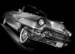 CADDY (Dave GRR) Tags: cadillac retro car vehicle classic vintage toronto auto show 2019 monochrome mono chrome grill bw olympus