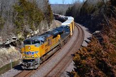 Cruising through the Cut (H-bob-omb) Tags: union pacific railroad up 9067 emd sd70ace locomotive train eureka missouri