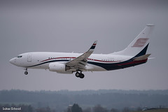 Samrussitera / Boeing 737-700BBJ / T7-MAK (schmidli123) Tags: zrh zurichairport zrhairport landing boeing boeinglovers 737 737bbj t7mak privatjet samrussitera