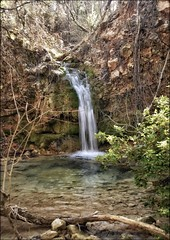 Suivre l'Huveaune (I) (Charlottess) Tags: nikon5300 2019 février cascade saintebaume paca var