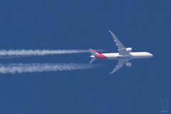 VH-ZNB (PM's photography) Tags: spotting aircraft contrail sky aviation avporn avgeek rnav polish canon 7d tamron 150600g2 airline airliner jet plane qantas qf qfa qf10 qfa10 boeing dreamliner b789 b787 b7879 vhznb