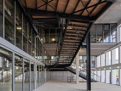 Le Cube, Aix-Marseille Université (jacqueline.poggi) Tags: amu aixmarseilleuniversité aixenprovence bouchesdurhône campusuniversitaireamu espacearchitecturedegw lecube provence architect architecte architecture