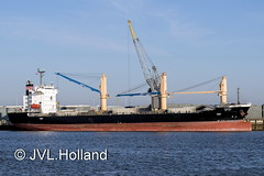 ISUZU Delfzijl-Harbour  181117-040-C6 ©JVL.Holland (JVL.Holland John & Vera) Tags: isuzu delfzijlhavenharbour scheepvaart shipping netherlands nederland europe canon jvlholland