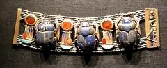 Bracelet portant trois scarabées en lapis-lazuli et les cartouches de Toutânkhamon, 1336-1326 av. J.-C. (y.caradec) Tags: paris tutankhamon toutânkhamon tutanchamun france europe king tut tutenkhamon tutenkhamen tutankhaten tutankhamun tutankhamen nebcheperre ench amun anch tutanchamon tutanchaton tutenchamun tutanchamón ankh toetankamenarتوت عنخ آمونarzتوت امونasttutankamónazbتوت انخ ענח آمونuztutanxamonvitutankhamunwartutankhamunyiטוטאַנכאַמוןyotutankhamunzhminnantutankhamunzhyue圖坦卡門zh图坦卡蒙 expositiontoutânkhamonletrésordupharaon auxgrandeshallesdelavilletteàparisexhibitiontutankamuntreasuresofthegoldenpharaoh exposition le trésor du pharaon aux grandes halles de la villette à exhibition tutankamun treasures golden pharaoh тутонхомун ฟาโรห์ตุตันคาเมน тутанхамон توت آمون tutanxamon טוטאַנכאַמון 圖坦卡門 图坦卡蒙 תותענחאמון توتانخآمون توتعنخامون توتعنخآمون توتعنخآمون तुथंखमुन তুতানখামেন ਤੂਤਨਖ਼ਾਮੁਨ துட்டன்காமன் തൂത്തൻഖാമൻ ටූටන්ඛාමූන් 투탕카멘