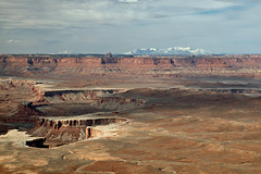 Green River Overlook - Canyonlands National Park and La Sal Mountains (Ernie Orr) Tags: bobrussell rmrussell utah canyonlands canyonlandsnationalpark nationalpark canyon canyons greenriver