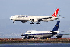 Turkish 777 and British Airways 747 at SFO (photo101) Tags: boeing sfo airport