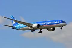 (CDG) Air Tahiti nui Boeing 787-9 dreamliner F-OMUA Landing runway 08L (dadie92) Tags: cdg dreamliner airtahitinui boeing b787 spotting newlivery aircraft airplane landing fomua nikon d7100 tamron sigma danieldanel