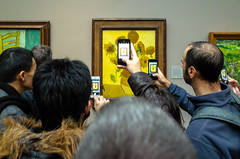 Expose yourself to art (jeremyhughes) Tags: london nationalgallery vincentvangogh vangogh impressionism impressionist smartphone smartphones art painting sunflowers photography culture gallery artgallery ricoh gr 28mm indoors