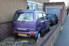 1997 Suzuki Wagon R (doojohn701) Tags: classic retro purple wall house windows garage vegetation vintage japanese suzuki 1997 uk