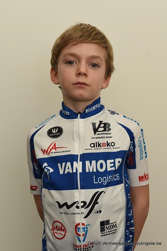 Van Moer Logistics Cycling Team (145)