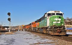 Southbound Local in Kansas City, MO (Grant G.) Tags: bnsf bn burlington northern railway railroad ns norfolk southern emd ge power kansas city missouri signal local transfer freight