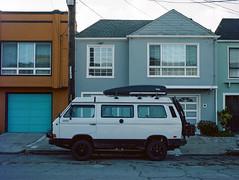 Sunset District // San Francisco (bior) Tags: red pentax645nii pentax645 pentax 645 mediumformat 120 sanfrancisco sunsetdistrict portra160nc expiredfilm kodakportra minibus volkswagen microbus vanagon transporter bulli camper